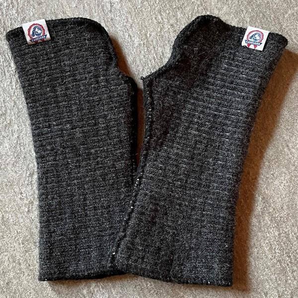 Image of Wrist warmers elastic merino wool black